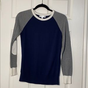 COPY - Women's small navy blue, grey and white sw…